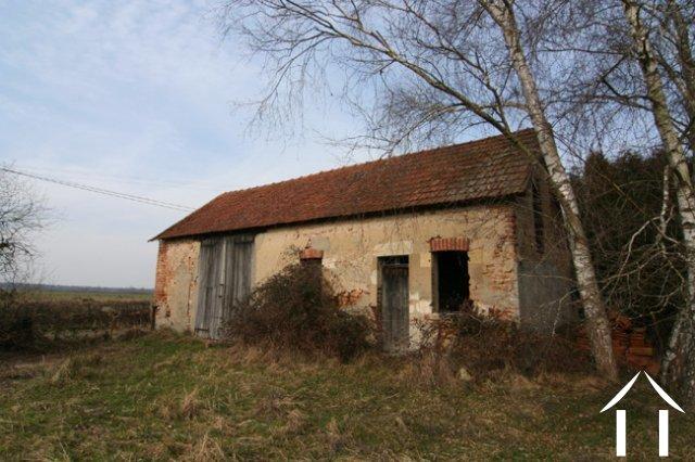 granges et ruines vendre bourbon lancy bourgogne 6755. Black Bedroom Furniture Sets. Home Design Ideas