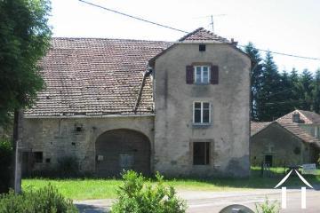 Granges et ruines vendre luxeuil les bains franche for Vieille maison en pierre