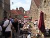 Marché à Mont St Jean, village médiéval