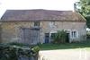 Maison en pierre & grange à rénover Ref # RT5147P