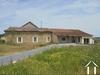 Superbe maison à finir avec vues exceptionnelles. Terrain 1ha. Ref # MPC2044