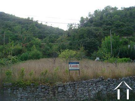 Magnifique terrain constructible avec permis de construction Ref # 2073