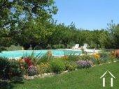 Mas Provençal restauré avec piscine et vue Ref # 43-1349 image 12