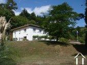 Villa à l\'allure moderne avec parc en bordure d'un ruisseau Ref # 11-2336 image 13