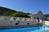 Villa de plain pied avec gîte et piscine Ref # 2343 image 1