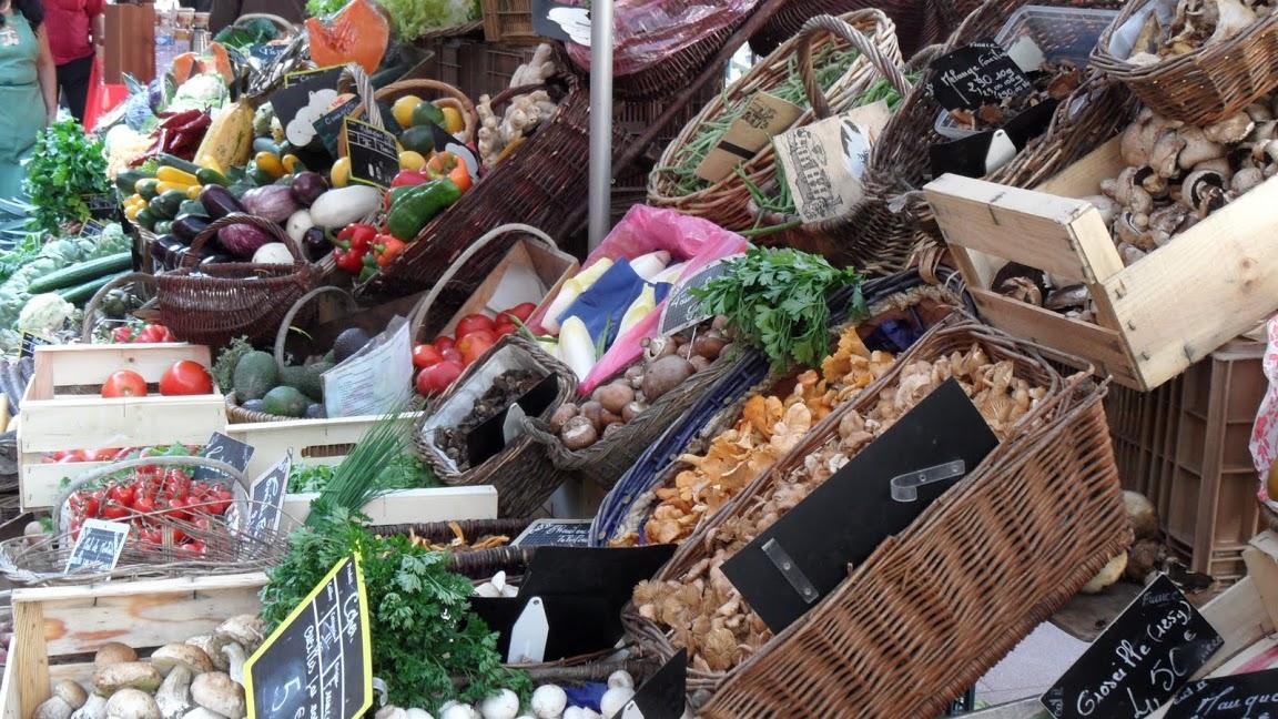 <en>Lovely local produce</en><fr>Région Bourgogne-Franche Comté France </fr><nl>Bourgogne Regio Frankrijk</nl>