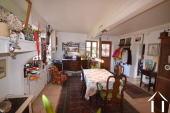 Maison de caractère avec logement d\'amis séparé Ref # BH5023V image 4 dining room with corner kitchen of 29m2