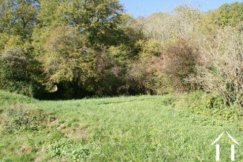 Terrain à bâtir dand hameau calme Ref # RT4052P