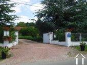 Jolie villa avec B&B et petit camping  Ref # AH4937V image 13 <en>entrance to the property</en>