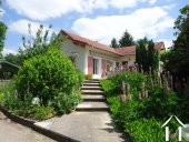 Jolie villa avec B&B et petit camping  Ref # AH4937V image 18 <en>lovely garden</en>