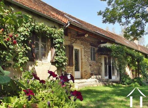 Maison de village, 3 chambres, jardin et vue  Ref # JP5101S