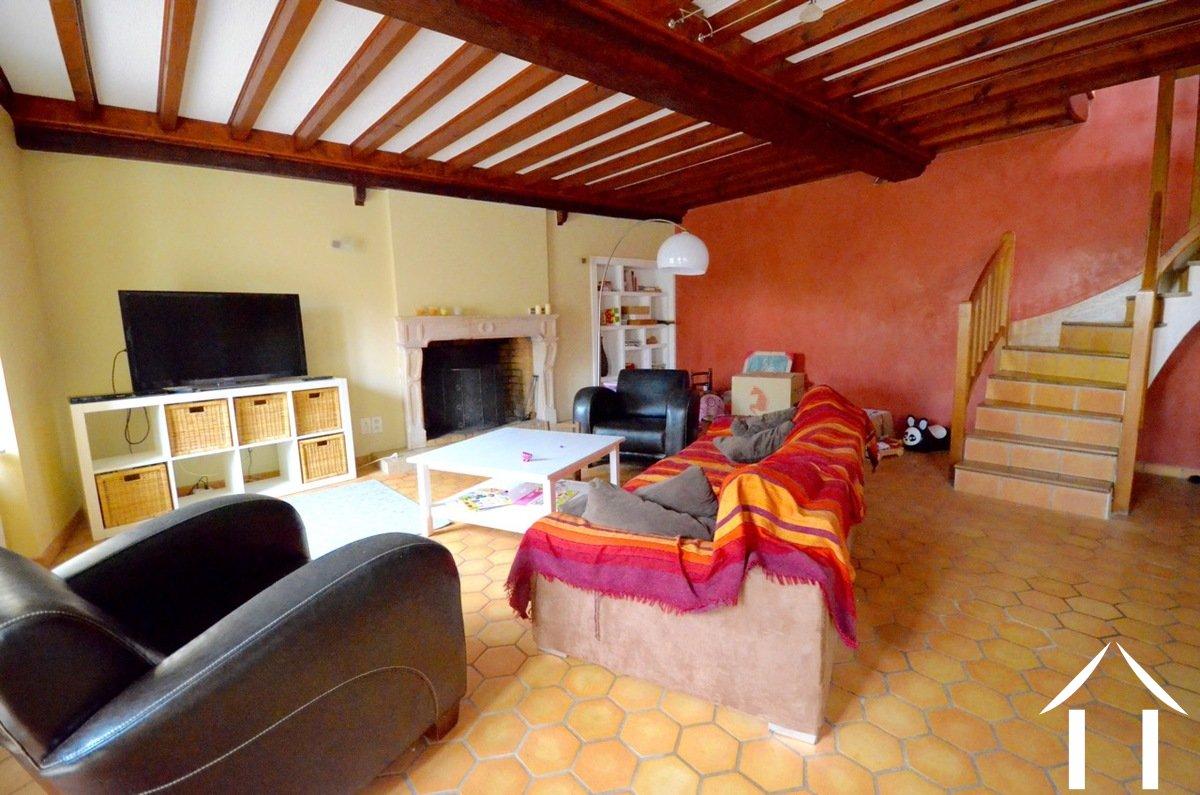 Maison vendre couches bourgogne 9133 for Chambre 7m2 habitable