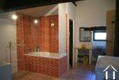 Ferme du 19e siècle avec vue superbe Ref # RT5077P image 12 <en>Contemporary bathroom</en>