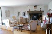 Ferme du 19e siècle avec vue superbe Ref # RT5077P image 3 <en>Charming sitting room</en>