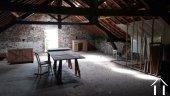 Ferme du 19e siècle avec vue superbe Ref # RT5077P image 17 <en>Barn upper floor</en>