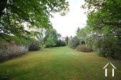 Maison d\'architecte très lumineuse avec piscine et vue Ref # CR5036BS image 22 Vue du jardin