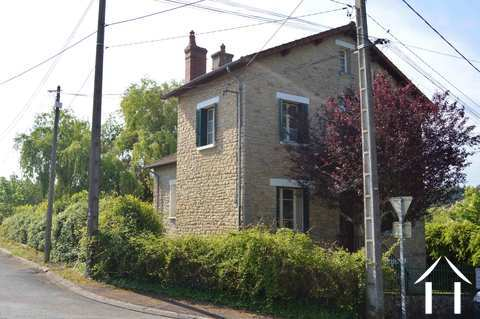 Maison de village avec grand jardin Ref # RP5057M