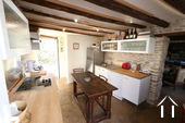 Maison au cœur de Meursault avec 4 caves & 1 cour privée Ref # CR4880BS image 4 Kitchen