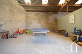 Manoir avec deux gîtes et piscine Ref # BH4953V image 49 coin jeux couvert pour les hôtes