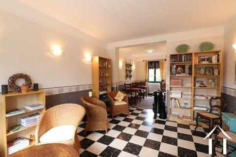 Maison avec B&B et terrain près du Château de Sully Ref # CR4965BS
