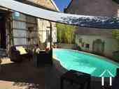 Maison de caractère avec chambres d'hôtes et piscine Ref # IG5020BS image 5 Terrace & Pool