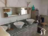 Maison de caractère avec chambres d'hôtes et piscine Ref # IG5020BS image 9 Bathroom