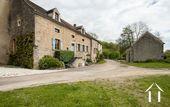 Maison de charme avec dépendances et jardin Ref # CR4975BS image 5 House & barn