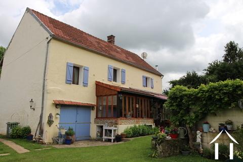 Charmante maison de caractère rénovée en Puisaye  Ref # LB4998N