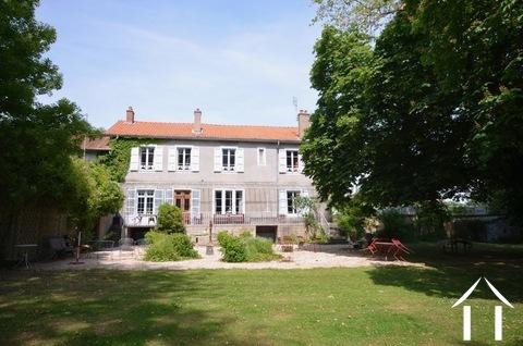 Maison de maitre  piscine et tennis sur 1 ha Ref # BH5010V