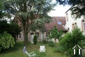 Maison de caractère du 19e & dépendances Ref # RT4997P image 15 Courtyard garden