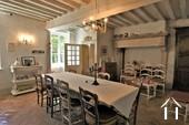 Propriété de caractère de 6 chambres et une grange  Ref # JP4999S image 2 grande salle à manger avec du caractère