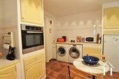 Propriété de caractère de 6 chambres et une grange  Ref # JP4999S image 24 partie buanderie dans la cuisine 2
