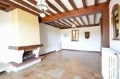 Magnifique vue, maison de 3 chambres Ref # BH5013V image 3 salon avec poil a bois