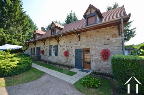 Maison avec grande grange Ref # BH5011V