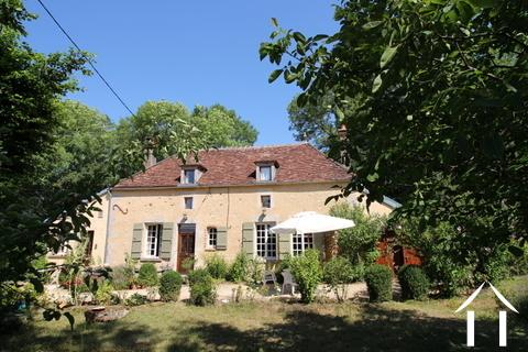 Belle maison de campagne en Puisaye Ref # LB5031N