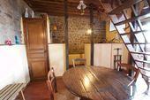 Petite maison pleine de charme Ref # CR5040BS image 6 Coin repas et cuisine