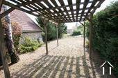 Petite maison pleine de charme Ref # CR5040BS image 10 Jardin
