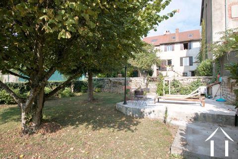 Maison de village avec cachet bourguignon Ref # CR5041BS