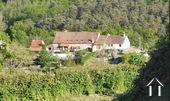 Maison et trois appartements à louer Ref # BH5049V image 1