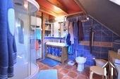 Maison et trois appartements à louer Ref # BH5049V image 13 salle de bain en suite du chambre de maitre