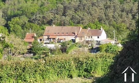 Maison et trois appartements à louer Ref # BH5049V