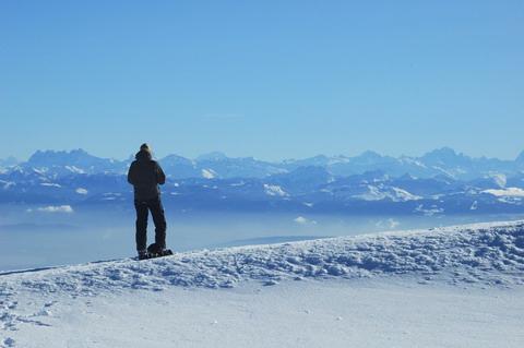 <en>The French alps</en><fr>les alpes un régale en hiver et été</fr><nl>de wereldberoemde alpen</nl>