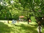 Manoir avec deux gîtes et piscine Ref # BH4953V image 5 jardin fruitiere qui va avec le gite 2