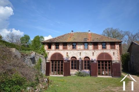 Ancienne dépendance de château, 3 suites, Côte Roannaise Ref # BH4979H