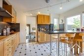 Maison d\'architecte très lumineuse avec piscine et vue Ref # CR5036BS image 4 Kitchen