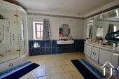 Grande maison familiale avec piscine et gîtes Ref # BH5084M image 24 large shower room with toilet in apt 1