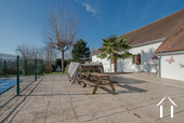 Grande maison familiale avec piscine et gîtes Ref # BH5084M image 34 outside dining area