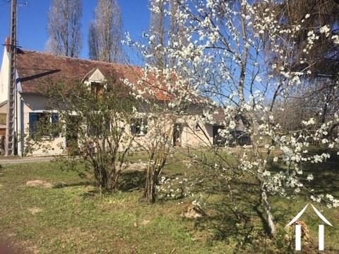 Cottage en partie rénové près de Sancerre Ref # LB5073N