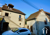 Maison en pierre de 2 chambres, belle qualité Ref # BH5092V image 1