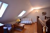 Maison en pierre de 2 chambres, belle qualité Ref # BH5092V image 9 grande mezzanine menant à deux chambres